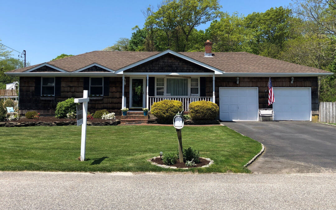Just Listed! 2 Orchard Creek Drive