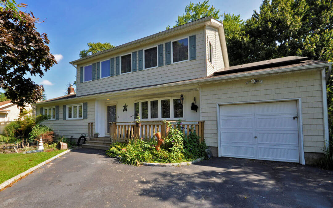 Just Listed! 9 Newport Beach Boulevard, East Moriches